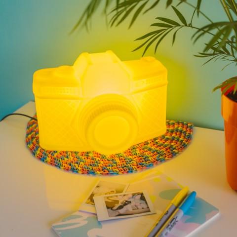 Luminária Câmera Amarela